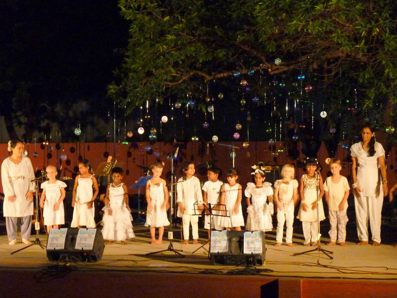 Photographer:Fabienne | The children choir opened the Singing Festival.