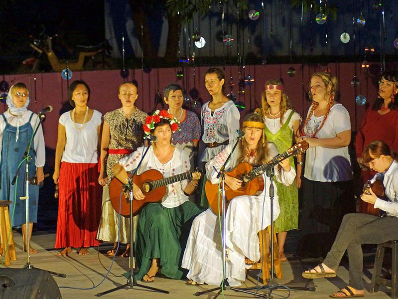 Photographer:Giorgio Molinari | All girls Russian, Belorussian & Ukranian singing group.