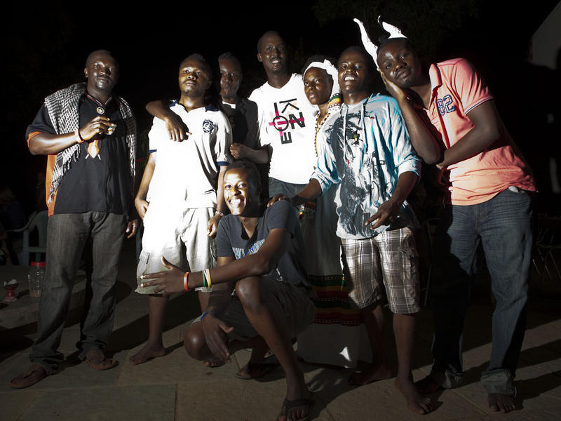 Photographer:Andrea Kunkl | Rashid, Peirre(in front), X, X, Arthur, Mary, Taher and Christopher