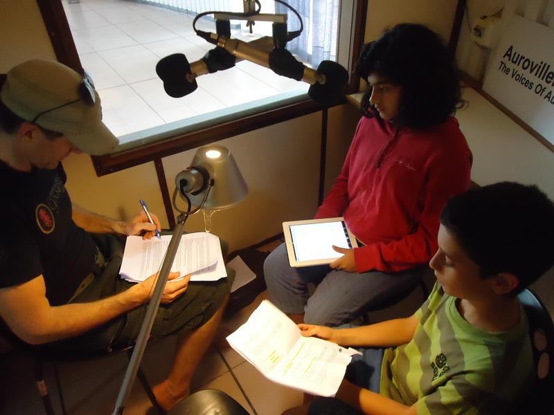 Photographer:Sandrine | Ahelia, Jesse and Yam recording the audio version of the Water book (AV radio)