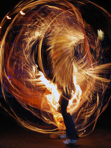 Photographer:web | Fire Juggling
