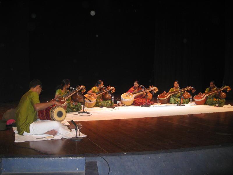 Photographer:Anahita | on stage