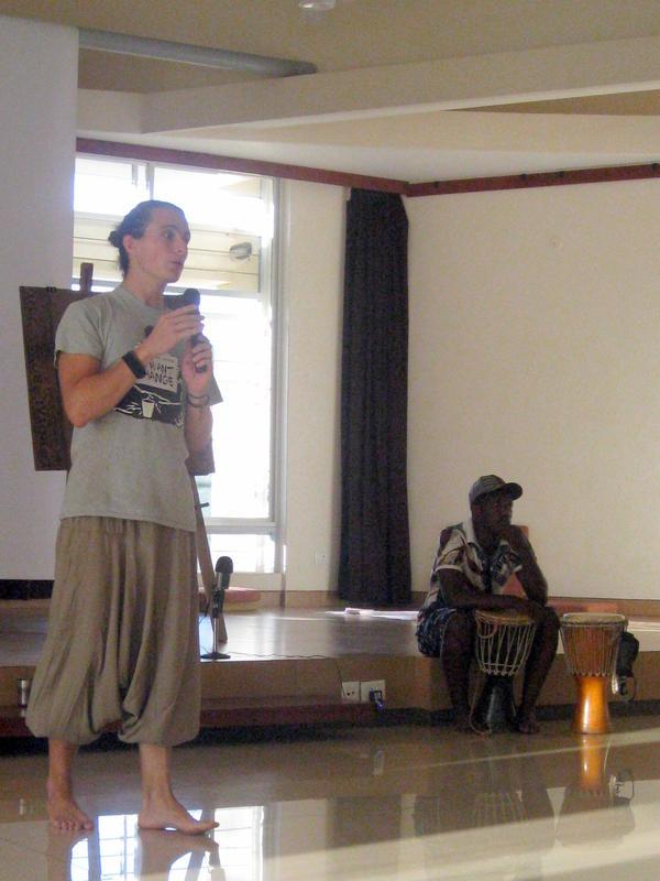 Photographer:Anahita | Michael explaining the reason of the meeting.