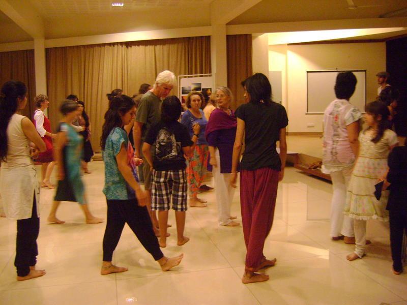 Photographer:Zarin | LATINOAMERIKA salsa rueda, bachata workshop
