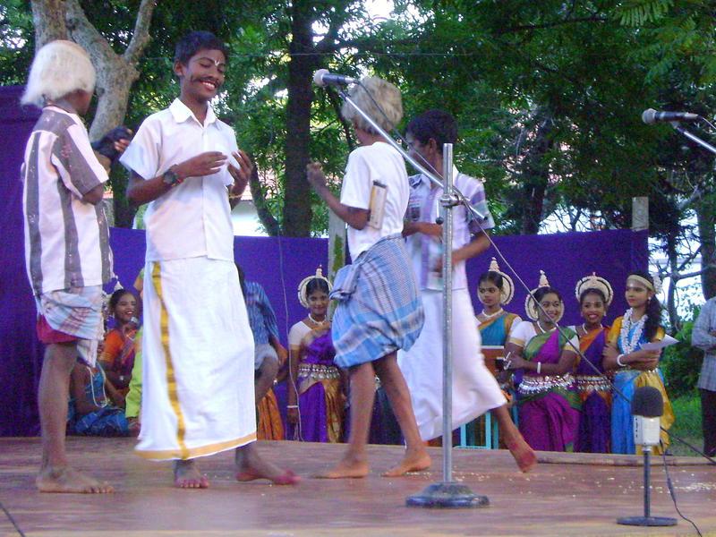 Photographer:Boobalan | Drama was performend on the stage of Udavi school.