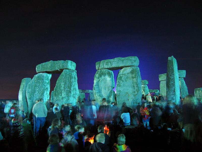 Photographer:web | Stonehenge, waiting for sunrise