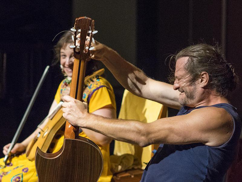 Photographer:Giorgio | On the righ Jan V. Vanek on guitar. In the back-ground Estelle Koluda on violin.