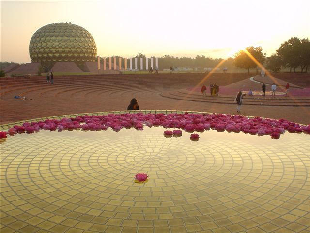 Photographer:web | Amphitheatre in Matrimandir, Friday at 4.45am