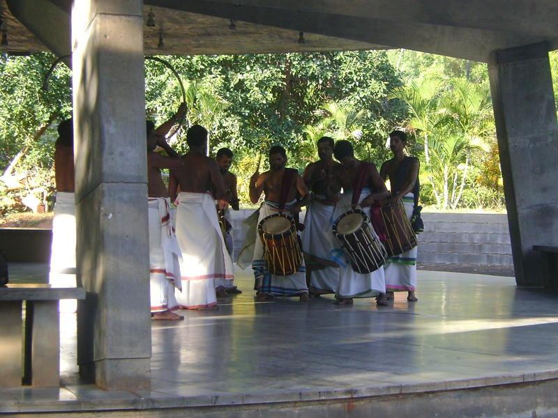 Photographer:Noor | Chenda Melam Drums by Kalanilayam UnniKrishnan at SAWCHU.