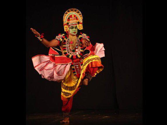 Photographer:WEB courtesy | Kalamandalam Suresh Kaliyath