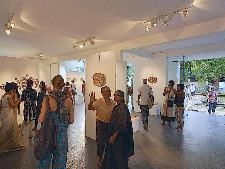 Photographer:Girogio | Ceramics II  Priya Sundaravalli  Citadines Centre d