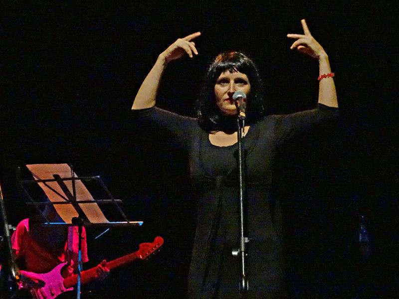Photographer:Giorgio Molinari | Anna Taj singing an Italian song