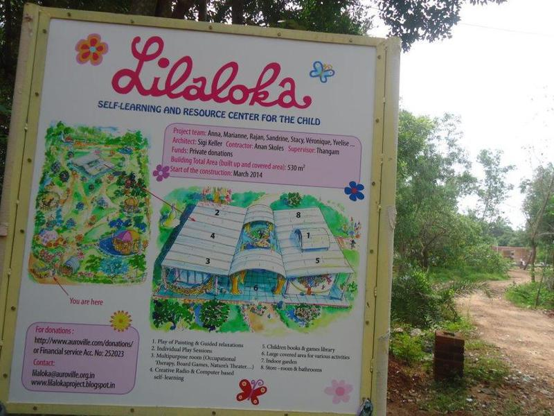 Photographer:Lilaloka Team | Information board at the site