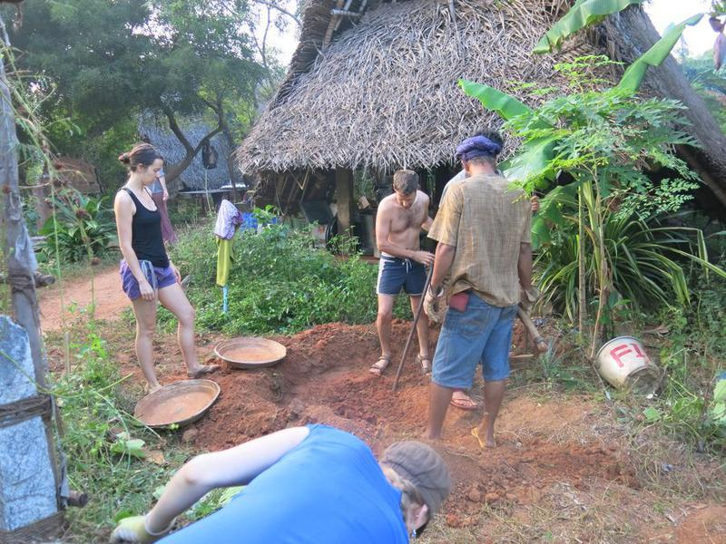 Photographer:Courtesy Sadhana Forest | Volunteering in Auroville Sadhana Forest
