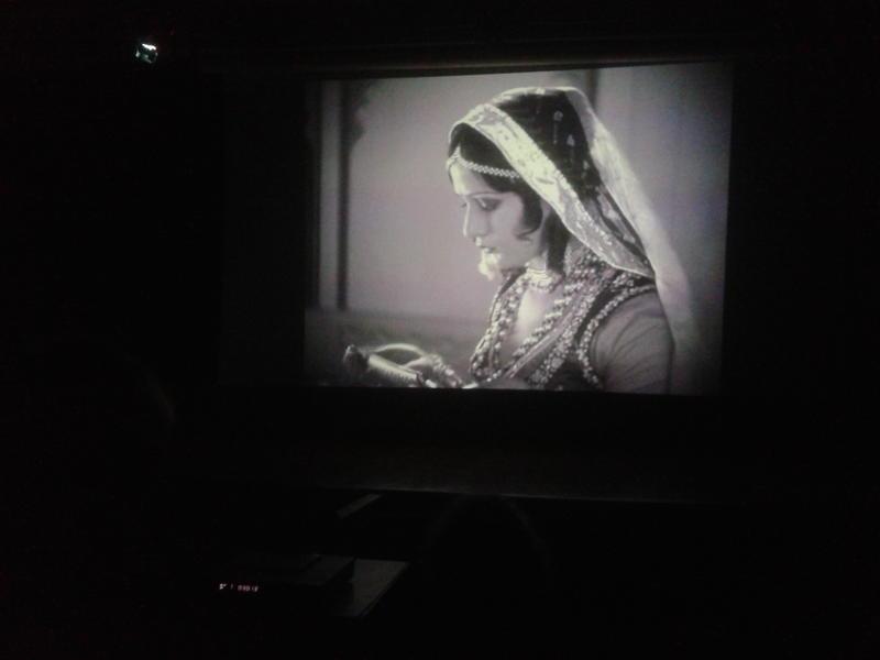 Photographer:Devaja | Movie Still - A Throw of Dice