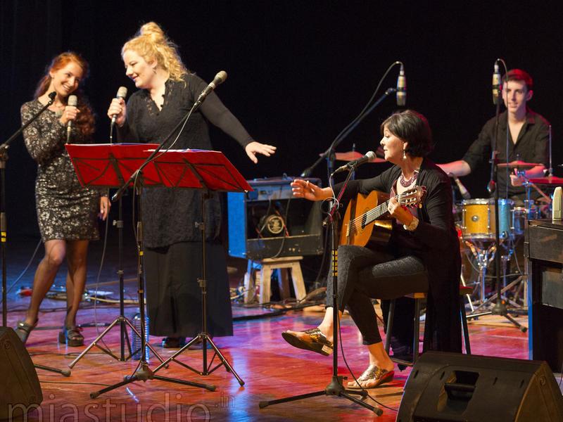 Photographer:Coriolan MIA Studio | The Auroville Sisters and drummer Matt