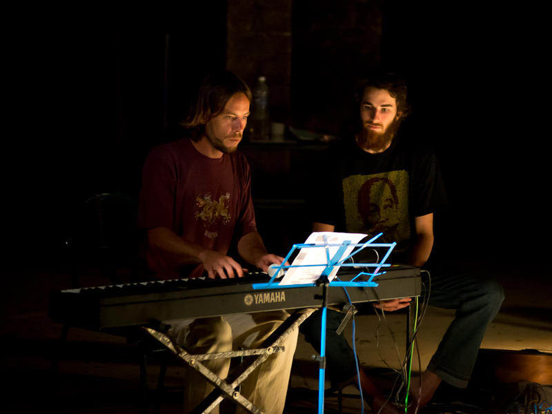 Photographer:Olivier Malcor | Pianist Juriaan and guitarist Greg