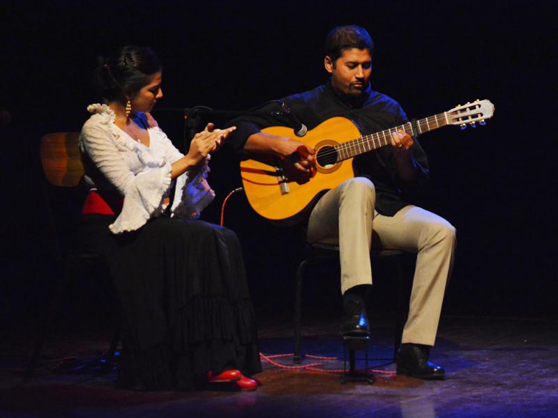 Photographer:Amal Aii | Shehzeen Cassum accompanied by Chris on guitar