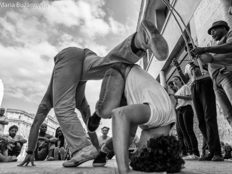 Photographer:Maria Buzanovsky   Roda do Cais da Valongo