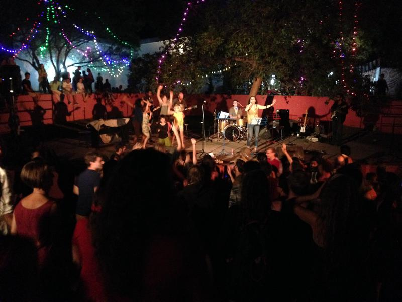 Photographer:Andrea | Anna Taj band and dancing audience