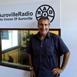 Gilles  a la radio