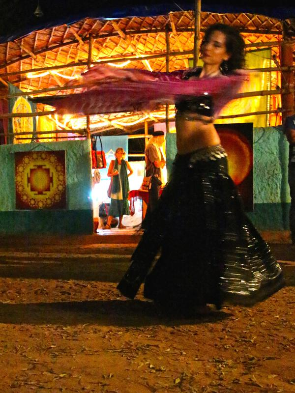 Photographer:Roland   Belly dance in solo