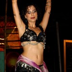 Belly dance in solo