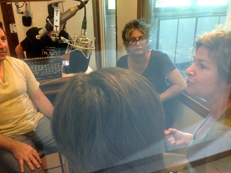 Photographer:Andrea | From left: Eric Allodi, Renu and