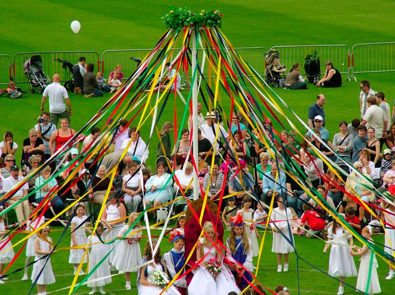 Photographer:web | May Day Pole