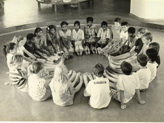 Photographer:Auroville Archives   Transitions school around 85