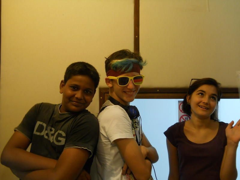 Photographer:Andrea   (from left) Rishi Luca Aloe