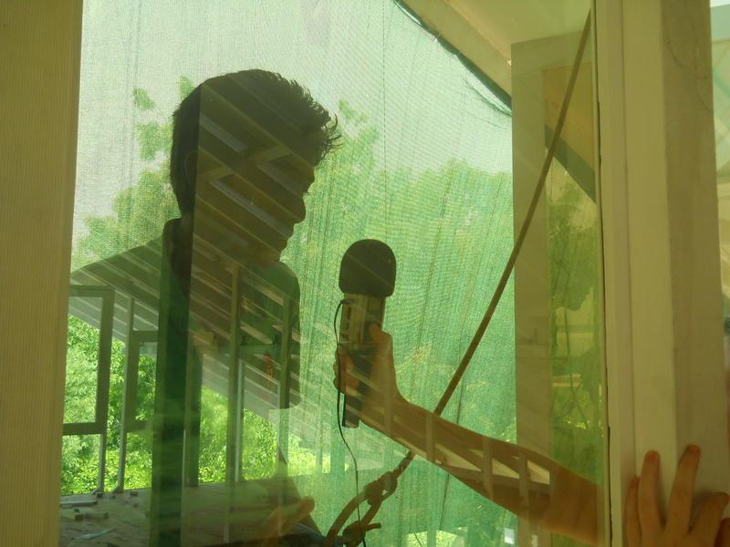 Photographer:Auroson & Edo   Interviewed 6 meters above ground