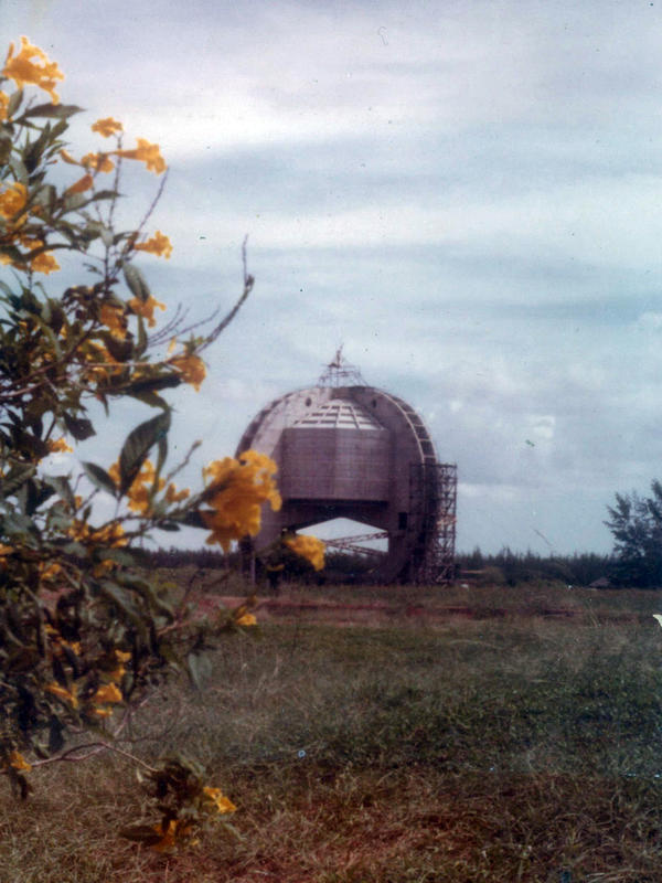 Photographer:Auroville Archives | Oct 1979 matrimandir
