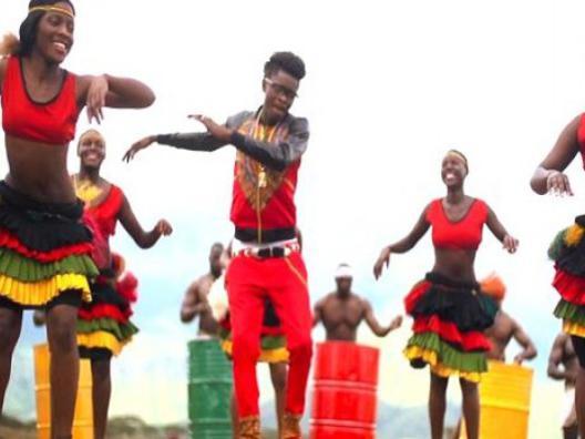 2015_08_05_production_african_mix_2_benga_lilngala_ndobmolo_taraab_english_1
