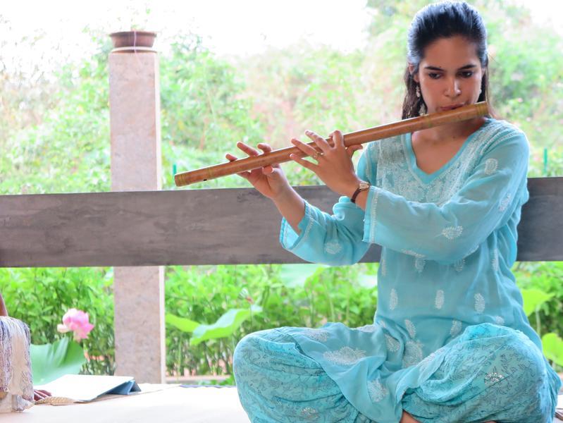 Photographer:web | Chandra - flute recital on Saturday 12th atindia Space