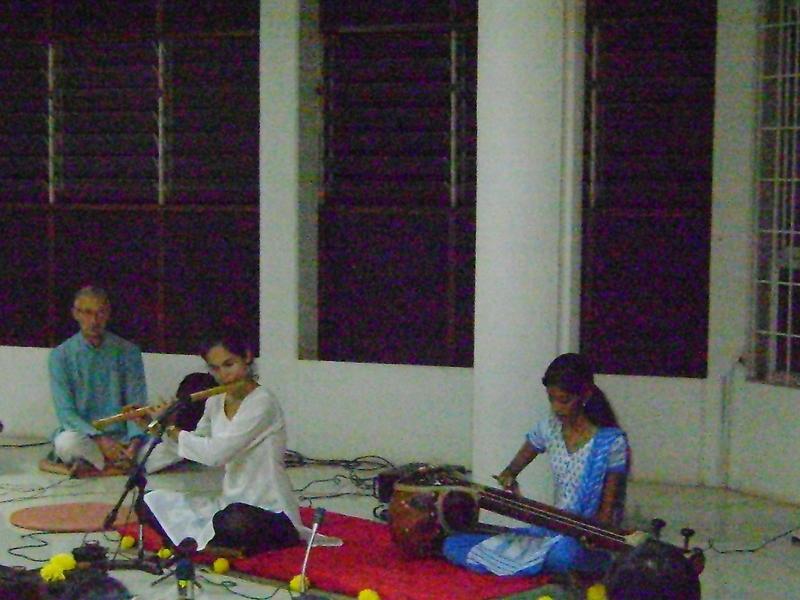 Photographer:Breena | Bryce, Chandra and Devi at Indian Space, Bharat Nivas, Pavilion of India, International Zone
