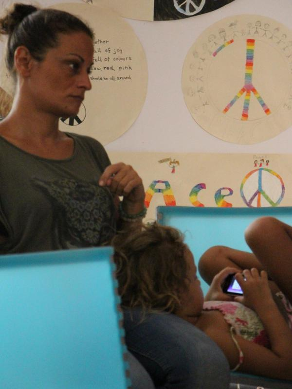 Photographer:Roland | Elisa & her daughter