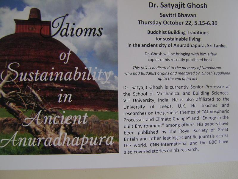 Photographer:Truda   Buddhist Building Traditions