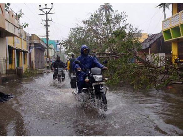 Photographer:web | Pondicherry flooded