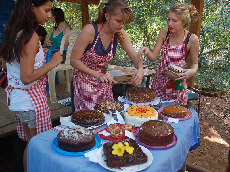 Photographer:Frida | The candidates which took part in the Cake Competition.