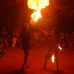 Christmas Fair endet with spectacular fire arts.