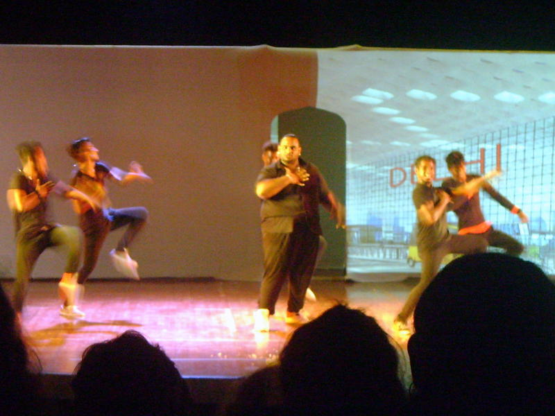 Photographer:Nola | dancers