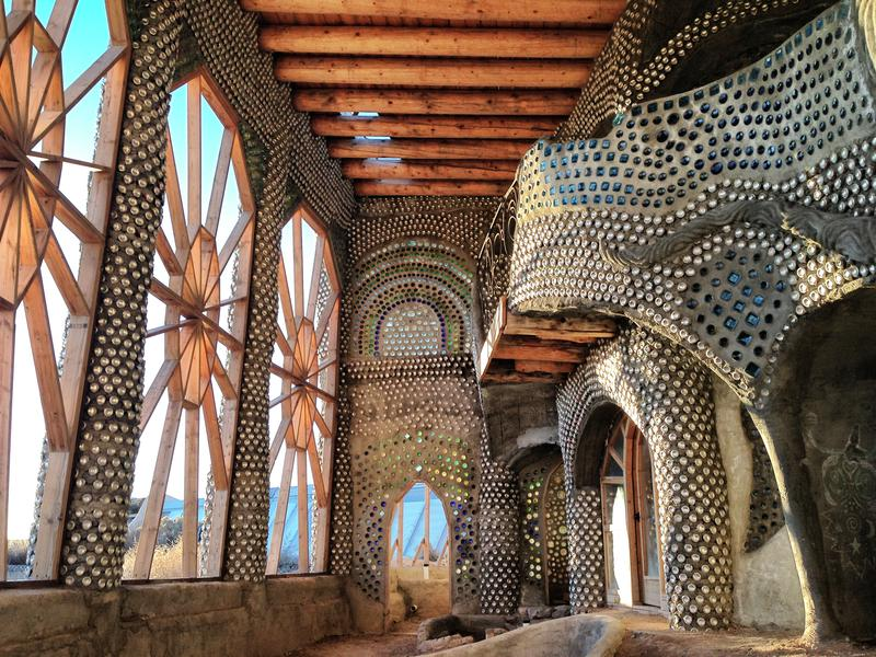 Photographer:web | earthship academy