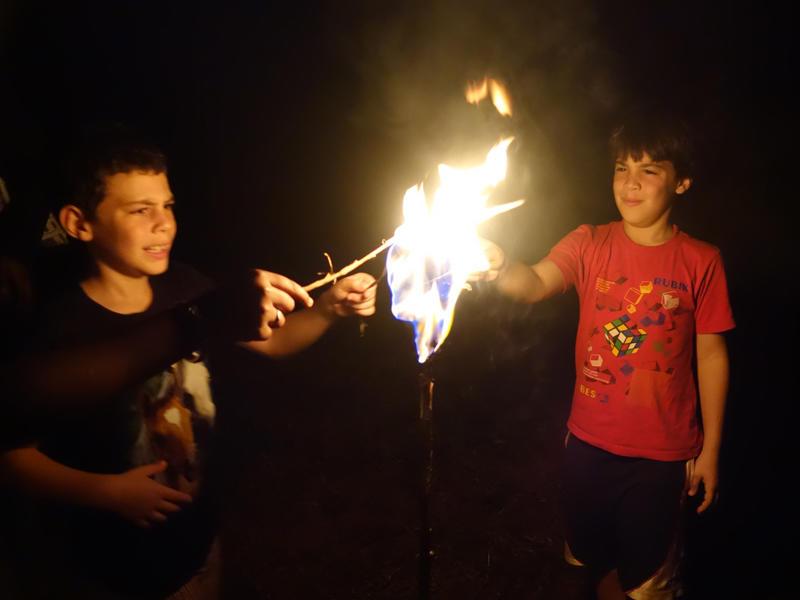 Photographer:The Unstitute | Lighting lanterns