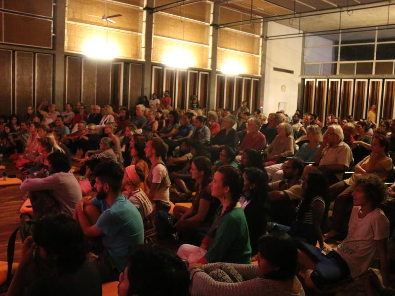 Photographer:Sarah | audience