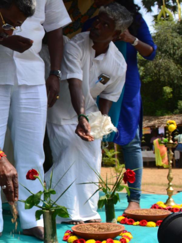 Photographer:Gajalakshmi.C | Chief Guest V.K.Munuswamy,doing one of our cultural process