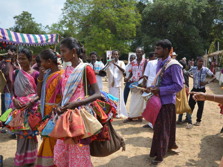 Photographer:Gajalakshmi.C | People showcasing art