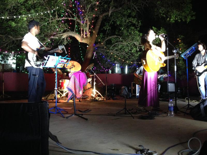 Photographer:Andrea   From left: Saga Daven, Anna Taj, Edo Ardo