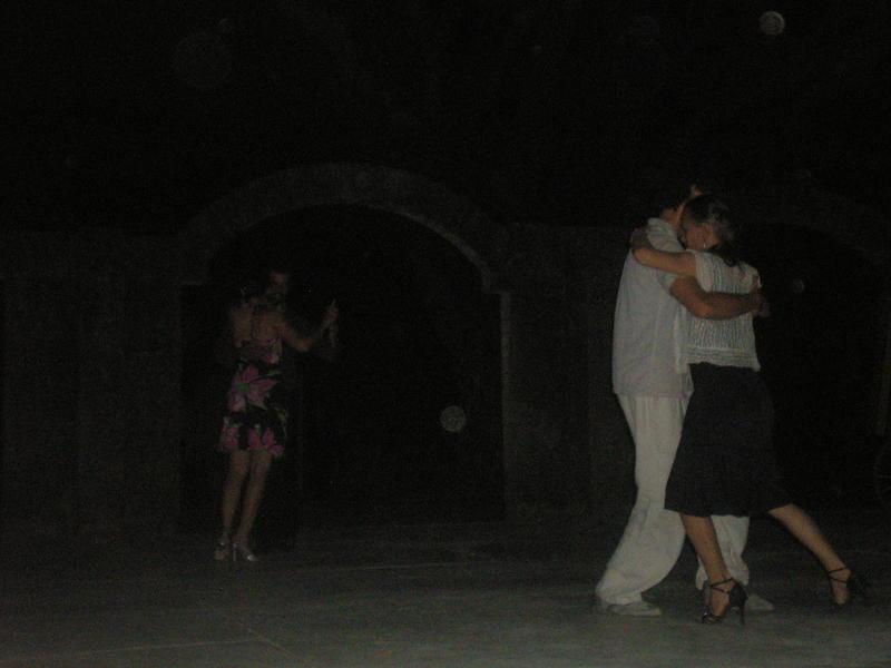 Photographer:Annie Gauthier | tango 2