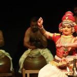 Smt. Usha's coordination with the beats by Sri. Hariharan, Sri. K. Rajeev, Sri. Kalanilayam and Kum. Gayathri